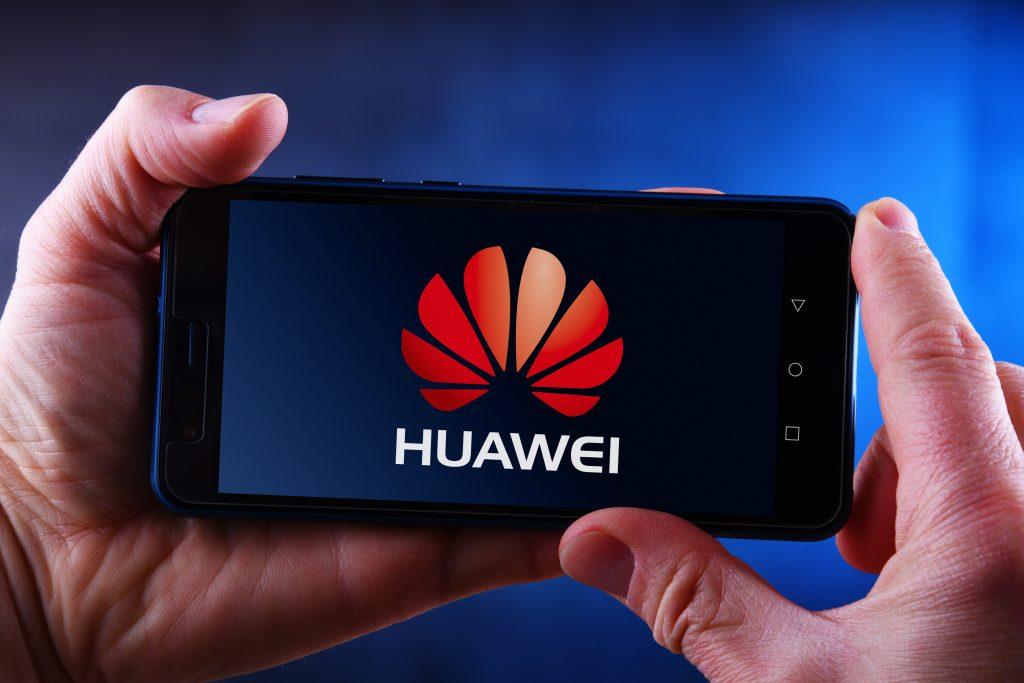 Best Huawei P40 & P40 Pro Cases