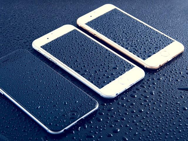 Tempered Glass vs. Plastic Screen Protectors