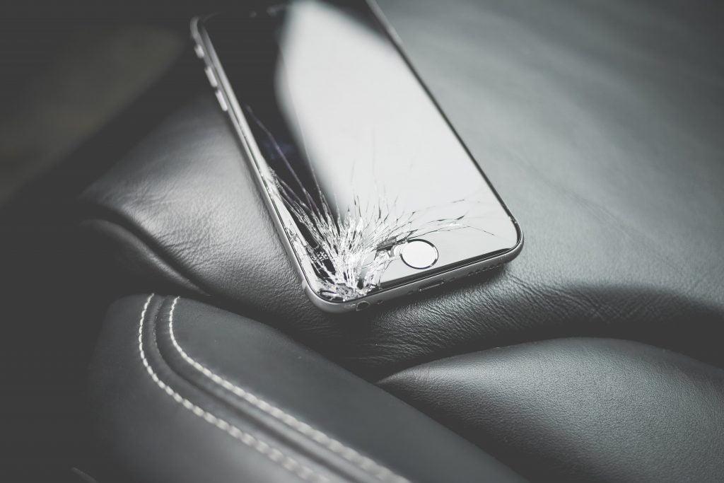 phone crack